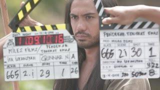 Video Film Bulan Ini: Pendekar Tongkat Emas (Cast Interview) download MP3, 3GP, MP4, WEBM, AVI, FLV Mei 2018