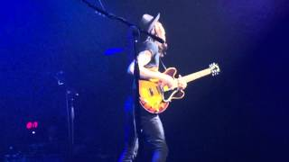 James Bay 'If I Ain't Got You' Alicia Keys Cover Live at The Fillmore in Philadelphia, PA 11/13/15