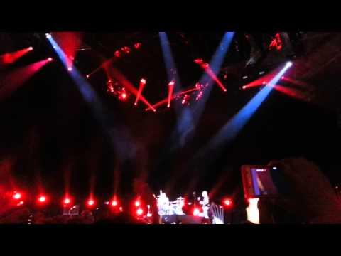 MUSE-Unsustainable(LIVE 07-OCT-2013 @ Guadalajara,