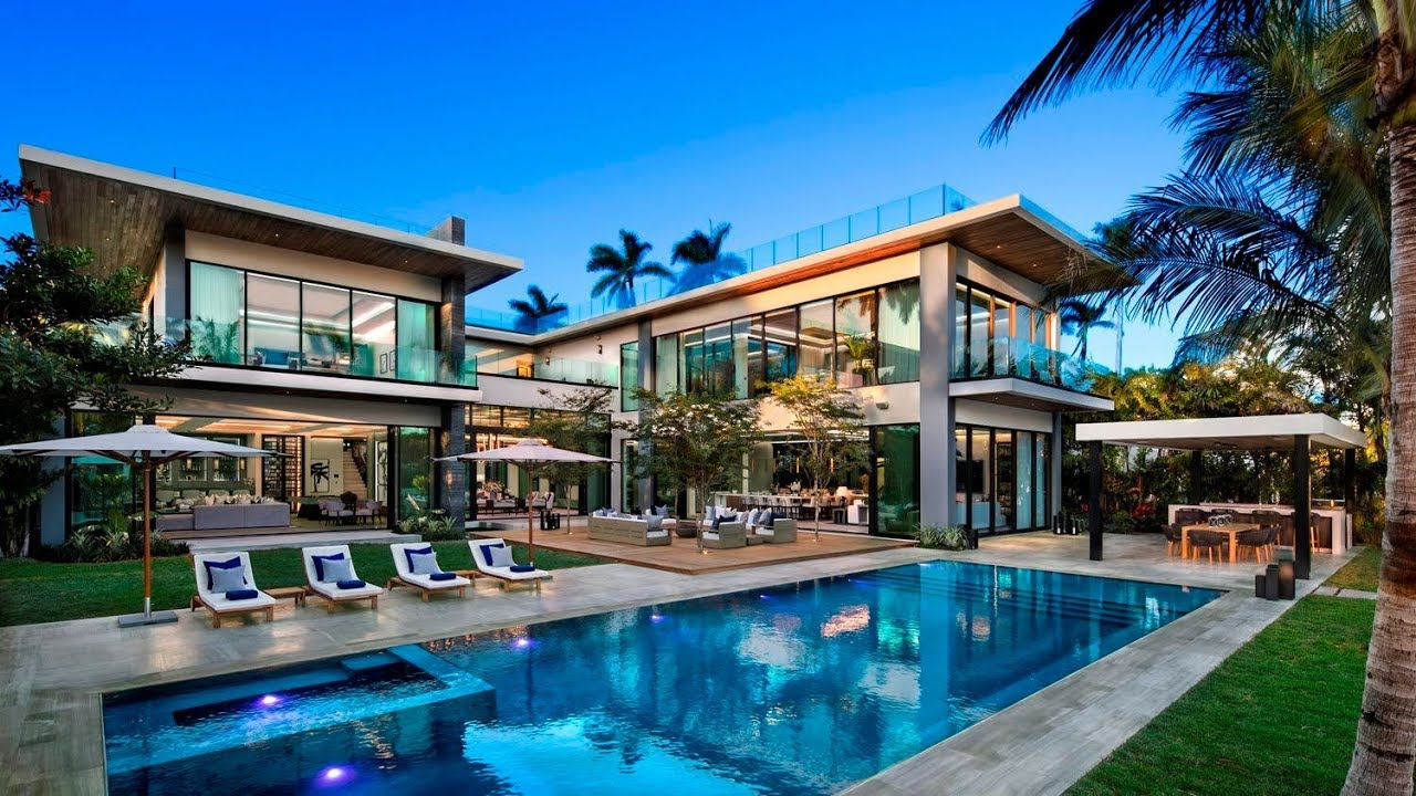 Attractive Exceptional European Style Luxury Home On Sunset Island II, Miami Beach