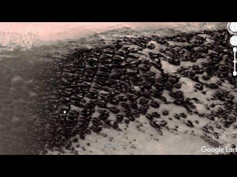 Incredibile città aliena distrutta da una grande catastrofe su Marte