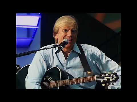 An Audiance with Justin Hayward at the  R&RHoF 2004