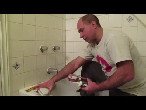 How to replace mouldy bathtub caulking
