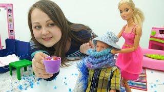 Видео для девочек. Барби ухаживает за Кеном.