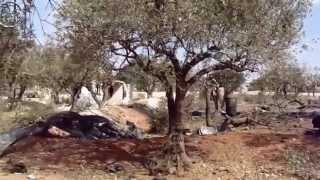 Операция  в  Сирии.Остатки  от базы боевиков  ИГИЛ  после  налета  ВКС  России.