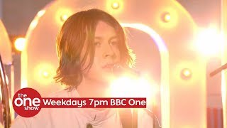 Blossoms -  I Can't Stand It (Live on The One Show on BBC One)