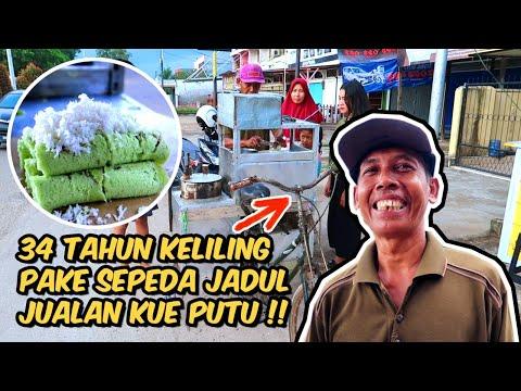 sudah-34-tahun-keliling-kota-jambi-pake-sepeda-jadul-jualan-kue-putu-!!-indonesian-street-food