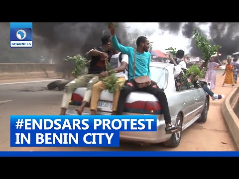 #ENDSARS: Youths Shutdown All Entry And Exit Points Into Benin City
