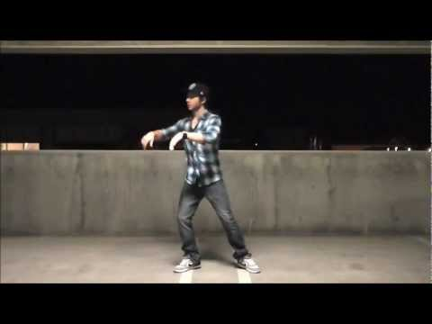 DUBSTEP DANCE!!!!  BLUE  GEMINI