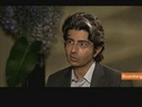 EBay's Omidyar Discusses LinkedIn IPO, Philanthropy