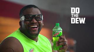 Welcome to the Dew Zone: MTN DEW 3-Point Contest