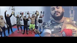 Смотреть клип Dani Mocanu - Coltul Rosu
