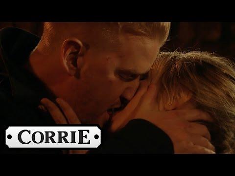 Coronation Street - Gary & Sarah Passionately Kiss