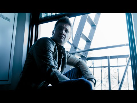 Jeremy Renner - August Man 2016 - 4K UHD