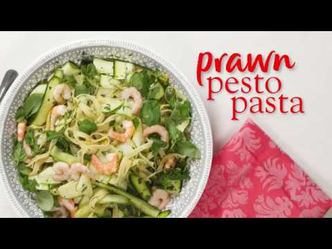 Slimming World prawn, courgette & rocket pesto pasta recipe