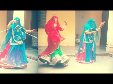 Rajasthani Ghoomar Dance MHARO GORBAND NAKHRALO...