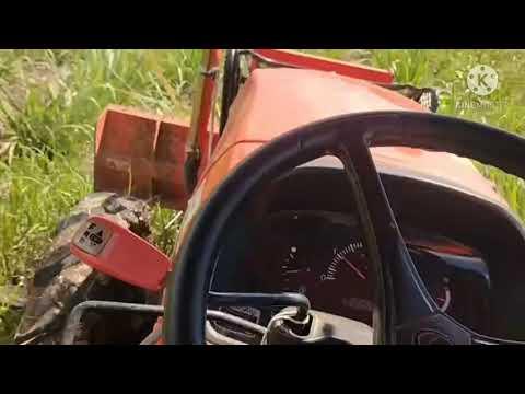 #รถไถคูโบต้า #พืชผลทางการเกษตร รถไถคูโบต้า พ่นยาคุมกำเนิดในไร่อ้อย