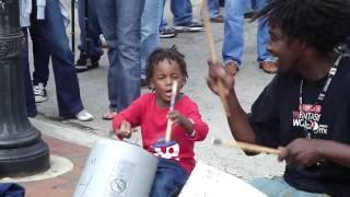 Play Little Drummer Boy