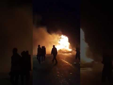 احتراق شاحنة محملة بالتبن  - نشر قبل 3 ساعة
