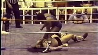 WWC: Bruiser Brody vs. Carlos Colón - Chain Match