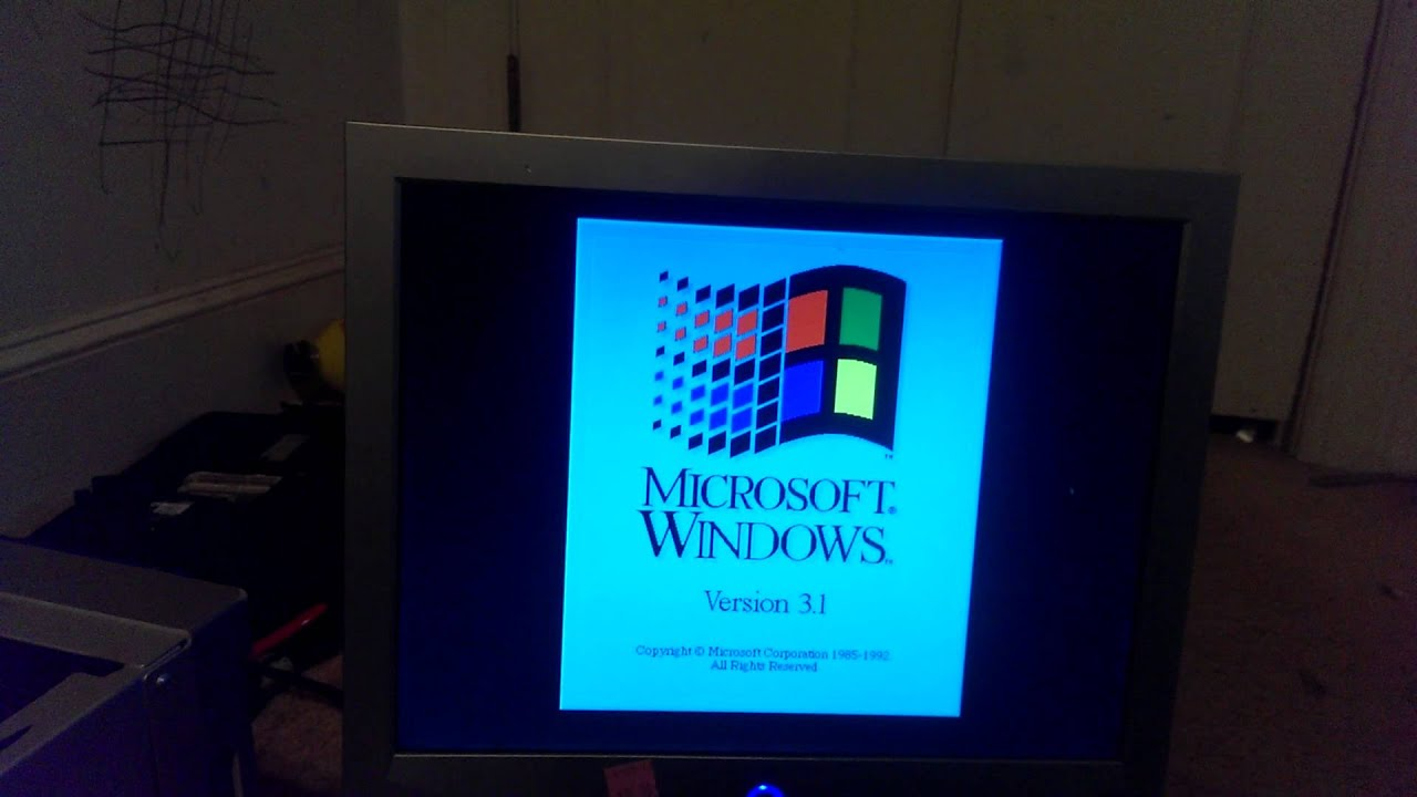 Vintage 386 33mhz 7mb windows 3 1 desktop bootup youtube for 2 window in 1 pc