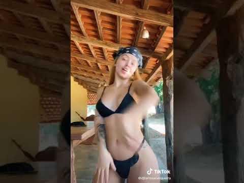 Dj Larissa Carqueira Dançando Funk