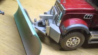 RC Mack Dump Truck with snow plow