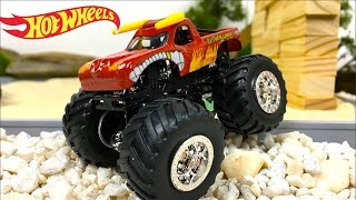 SUPER SALTOS ACROBATICOS - COMPETICION CON MONSTER JAM HOT WHEELS GRAVE DIGGER ZOMBIE MAX D Y MAS