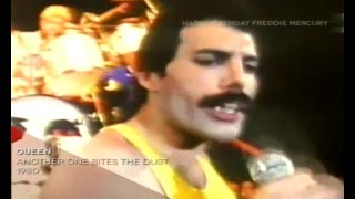 Play Video 'Queen - Another One Bites The Dust 1980'