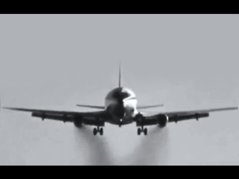 "Classic Jetliners - ""Wake Turbulence Tests"" - 1971"