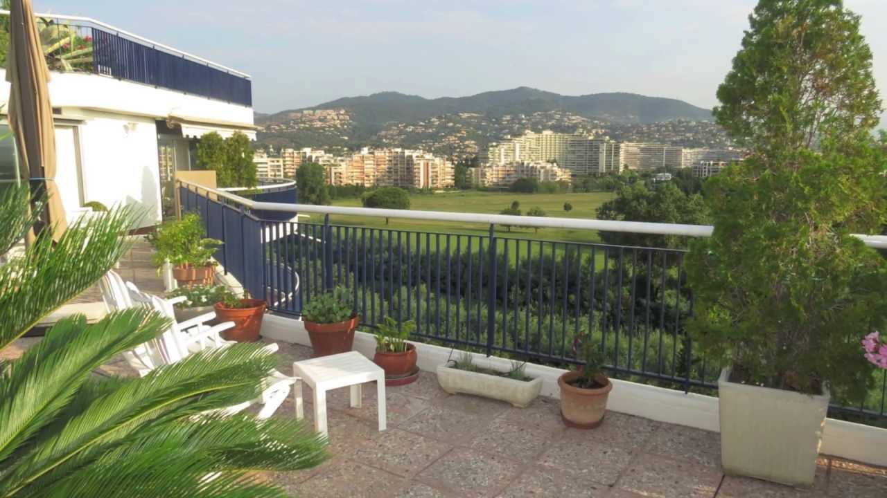 Vente appartement sur le toit 98 m 06210 mandelieu for Watch terrace house