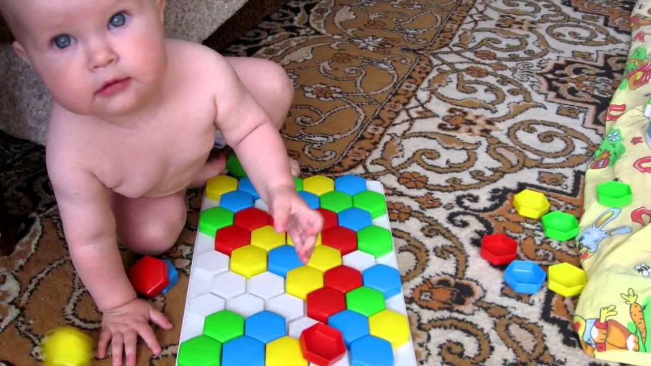 Ребёнок 2 года игрушки
