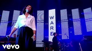 Jessie Ware - Champagne Kisses - Live at Glastonbury 2015