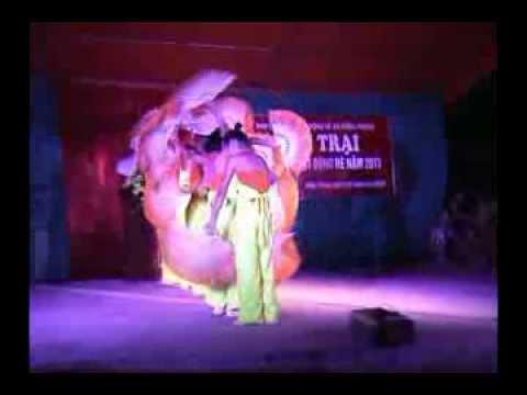 Múa quạt dân gian Việt Nam ( folk dance)