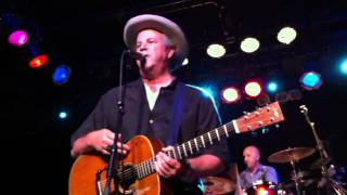 Robert Earl Keen- The Road Goes On And On
