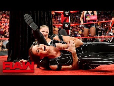 Ronda Rousey locks Stephanie McMahon in an Armbar during title presentation: Raw, Aug. 20, 2018 thumbnail