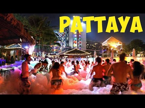 Pattaya City Tour | We found SAMOSA in Pattaya | Chinigiri