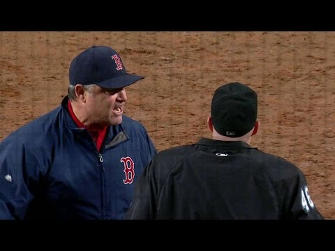 BOS@NYY: Farrell gets ejected after arguing