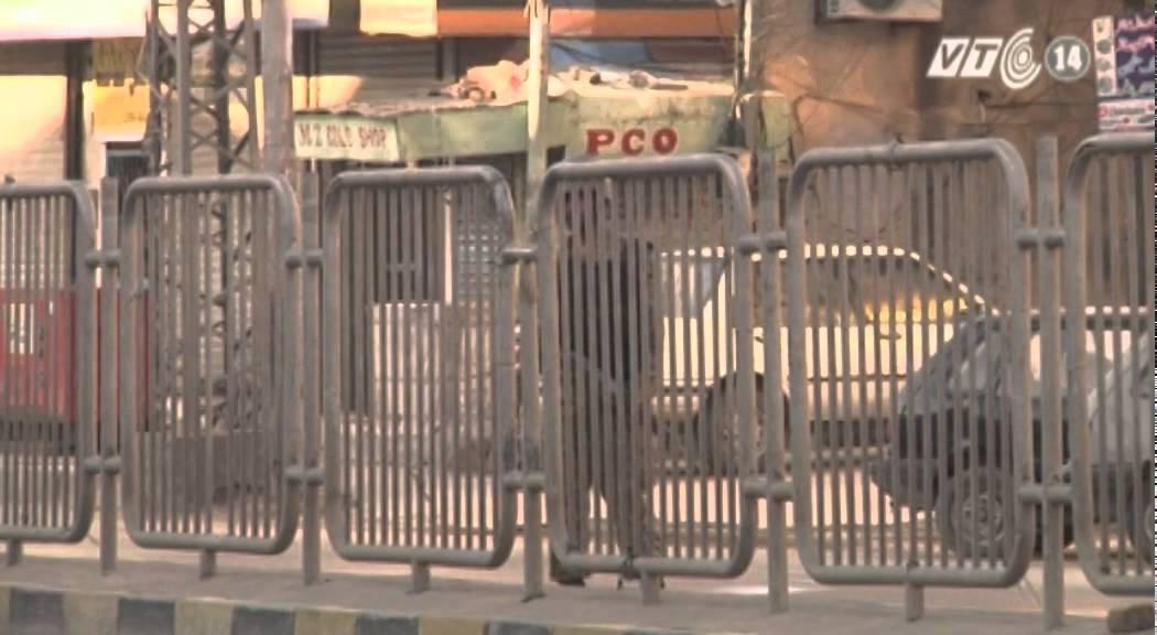 VTC14_Pakistan áp đặt lệnh giới nghiêm sau bạo động sắc tộc