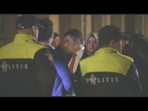 Hollandsk politi tilbageholder tyrkisk minister