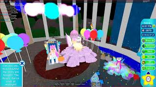 Roblox Royal High ..... Winning Prom