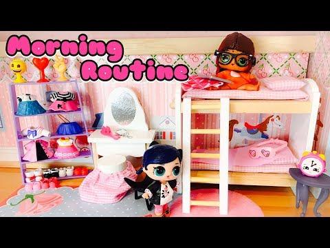 Miraculous Ladybug Mauvaise Alya et Bonne Marinette Morning Routine Bad Alya & Good Marinette Dolls