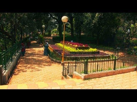 Hanging Garden in Malabar Hill, Mumbai