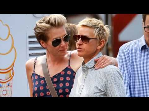 Portia de Rossi and Ellen DeGeneres (Portia Leading Editions)