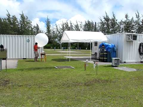 20111030 - Radiosonde Launch on Diego Garcia