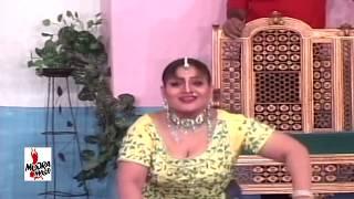 ADHI RAATI AONDA EH - AMBER SHAH MUJRA - PAKISTANI MUJRA DANCE