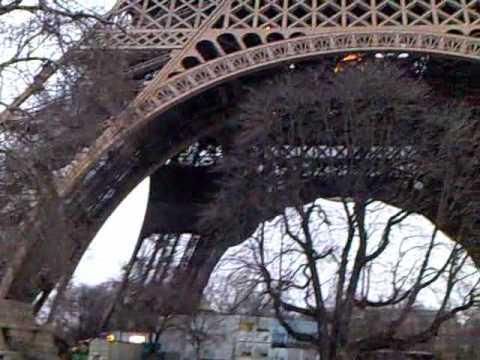 Paris, ale né Hilton