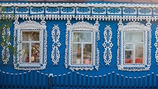 Наличники древней Руси. the window in the house Russia. la fenêtre en Russie