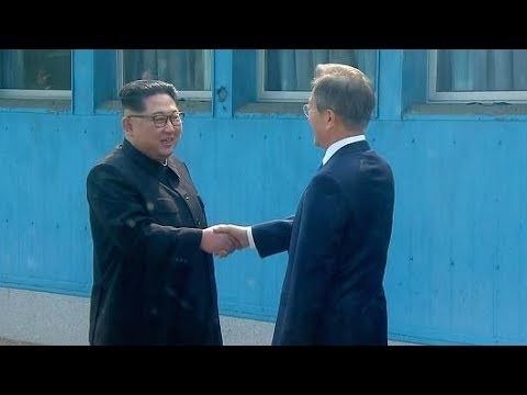 BREAKING: KIM JONG UN MEETS MOON JAE IN DURING HISTORIC MEETING OF NORTH AND SOUTH KOREA