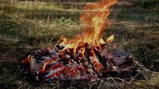 Красивое и длинное видео Костер в 4К. Beautiful and long video Bonfire in 4K